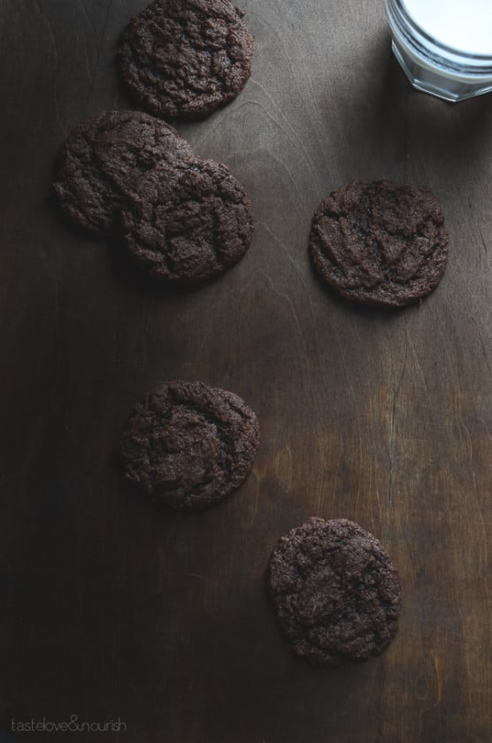 Virtuously Sinful Fudge Cookies - one bowl, no butter, no eggs with a thin veil of crispness and a fudgy interior. | From @tasteLUVnourish on www.tasteloveandnourish.com