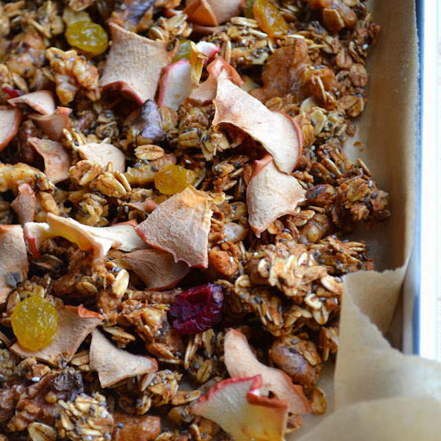 Maple Apple Crunchy Superfood Granola - it's a mouthful, but this granola is packed with so many yummy superfoods and a fantastic crunch! We LOVE the bits of baked apple chips…they are amazing! | @tasteLUVnourish