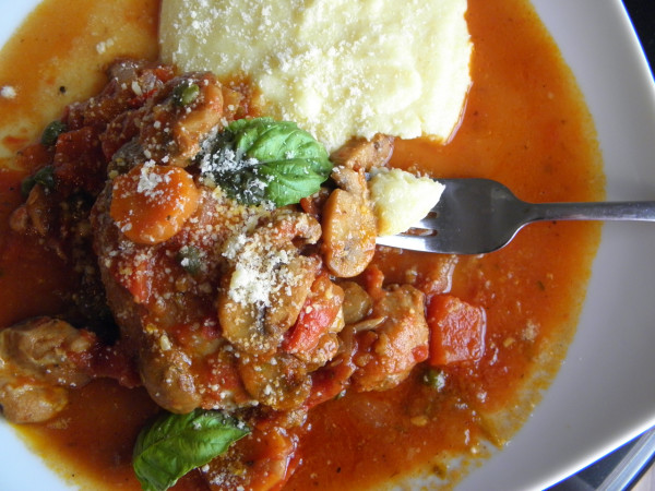 Chicken Cacciatore with Soft Polenta - perfect comfort food with so much flavor. | @tasteLUVnourish on tasteloveandnourish.com