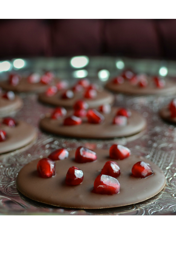 Pomegranate Mendiants - create these healthier treats in minutes! So delicious with creamy chocolate and a pop of juicy pomegranate! | @tasteLUVnourish on www.tasteloveandnourish.com