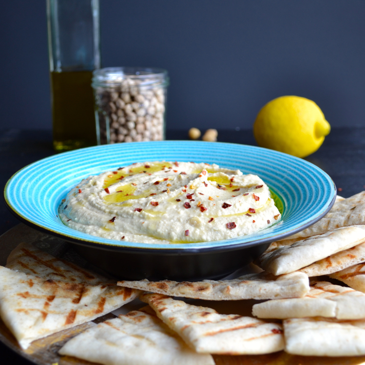 Hummus - from a girl who grew up eating lots of hummus, this recipe is fantastic! | @tasteLUVnourish