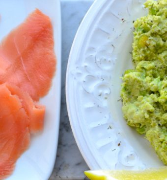 Mashed Fava Bean and Smoked Salmon Flatbread | @tasteLUVnourish on TasteLoveAndNourish.com