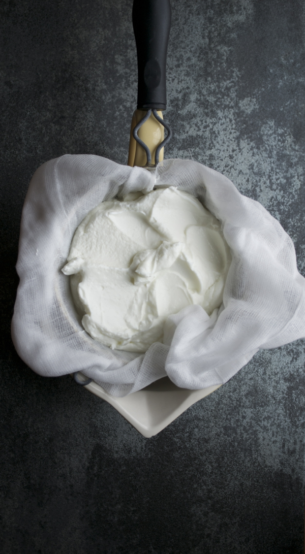 Greek Yogurt Cheese - so similar to goat cheese, but saves you a billion calories and fat grams. | @tasteLUVnourish
