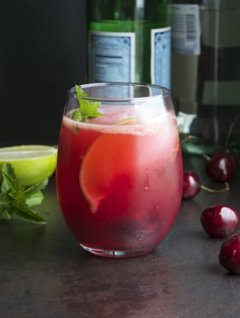 Cherry Mojito - made with fresh cherries. So refreshing! The perfect cocktail! | @tasteLUVnourish on TasteLoveAndNourish.com