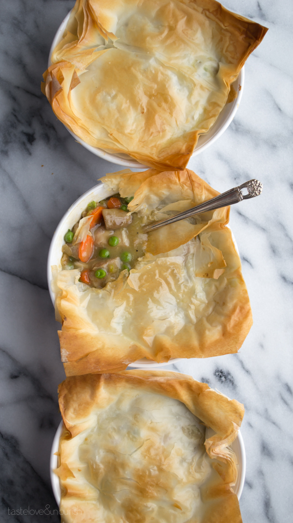 Phyllo Chicken Pot Pie - save a ton of calories and fat by using phyllo and this simple recipe! | @tasteLUVnourish | #chickenpotpie
