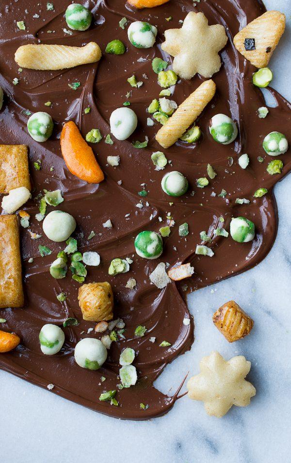 Wasabi Pea Chocolate Bark | @tasteLUVnourish | #chocolate #wasabi