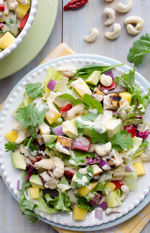 Thai Cashew Chicken and Mango Salad - this salad is full of so many great flavors and textures. | @tasteLUVnourish on TasteLoveAndNourish.com