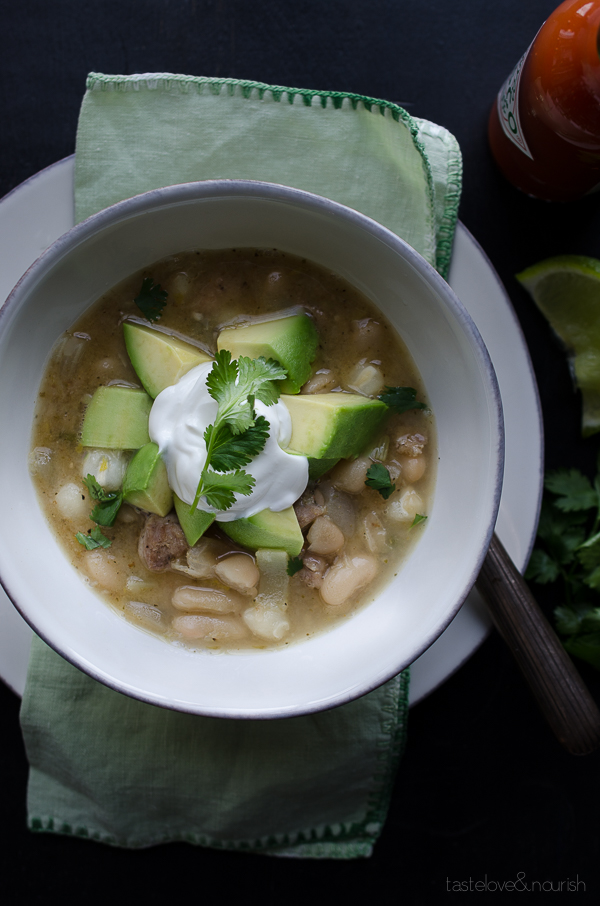 White Bean and Chicken Chili - So delicious, healthy and easy with a ...