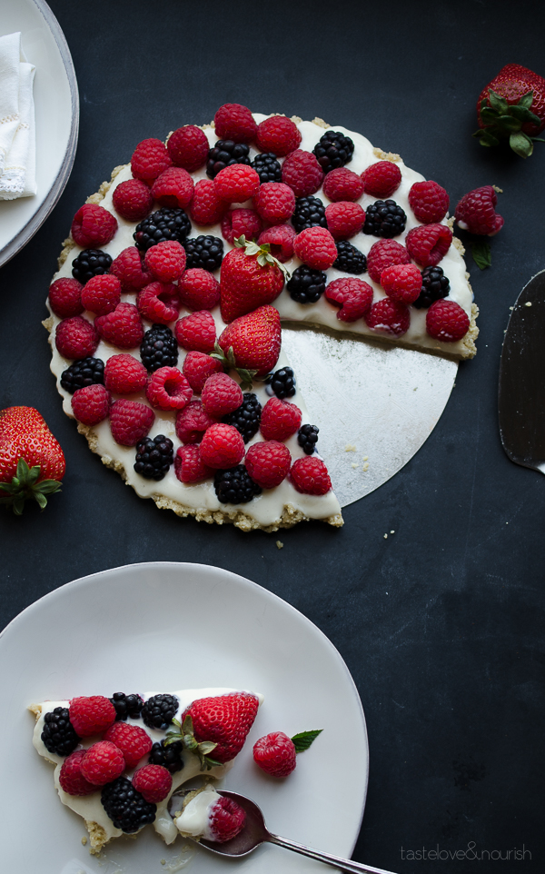 Mixed Berry Tart - my whole family loves this light dessert! Unbelievably vegan and gluten-free with a delicious nutty crust! | @tasteLUVnourish on TasteLoveAndNourish.com