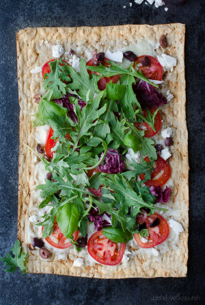 Ricotta Salata and Olive Grilled Flatbread with Kale Italia - this crisp flatbread combines the most delicious tangy, salty and fresh flavors of summer. Break out the grill or use an indoor grill pan. | @tasteLUVnourish on TasteLoveAndNourish.com
