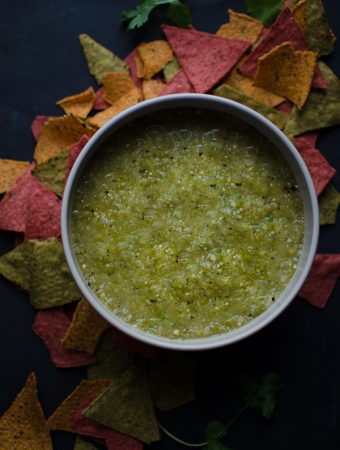 This simple Salsa Verde is deliciously tangy, spicy and smokey. This is such an easy and versatile recipe! @tasteLUVnourish