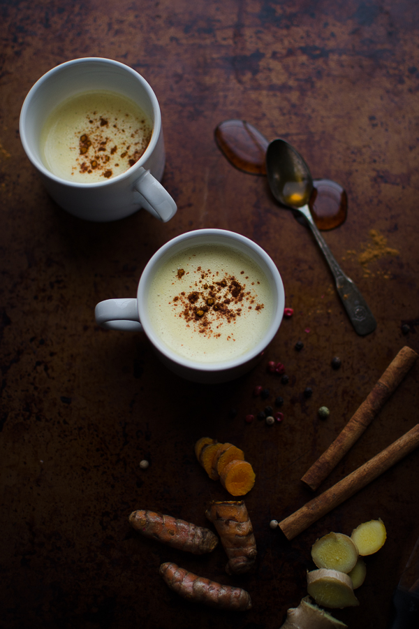 This warming Golden Milk Latte tastes like a coffeehouse chai latte, but this easy recipe is full of health benefits. | Vegan Friendly | Gluten Free | @tasteLUVnourish