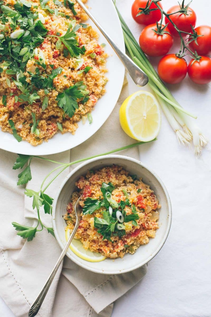 This Armenian Bulgur Salad, called Itch or Eech, is so similar to tabbouleh, but with much less parsley and much less chopping. It's such an easy, delicious fresh grain salad, filling enough for lunch or perfect as a side dish with dinner. | @tasteLUVnourish | Vegan
